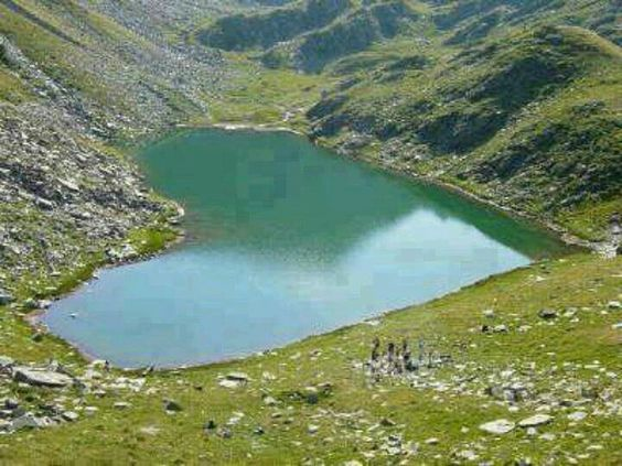 heart shaped lake: