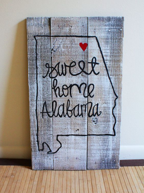 Sweet Home Alabama Pallet Wood Painted Sign by HippieDippieArts