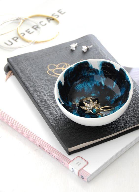 diy brushstroke glazed mini bowls