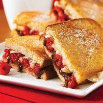 Receta de Sandwich de Brie, Chocolate y Frambuesas