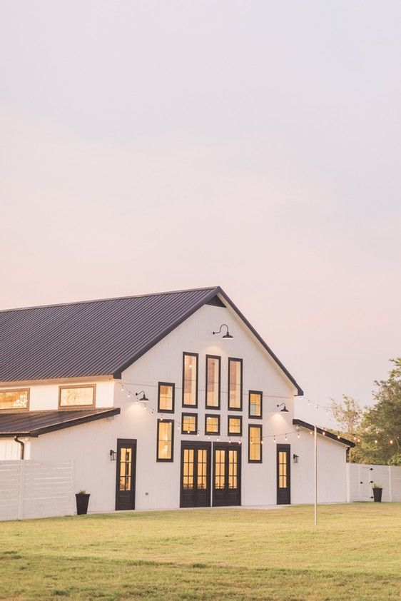 24++ White barn style house type