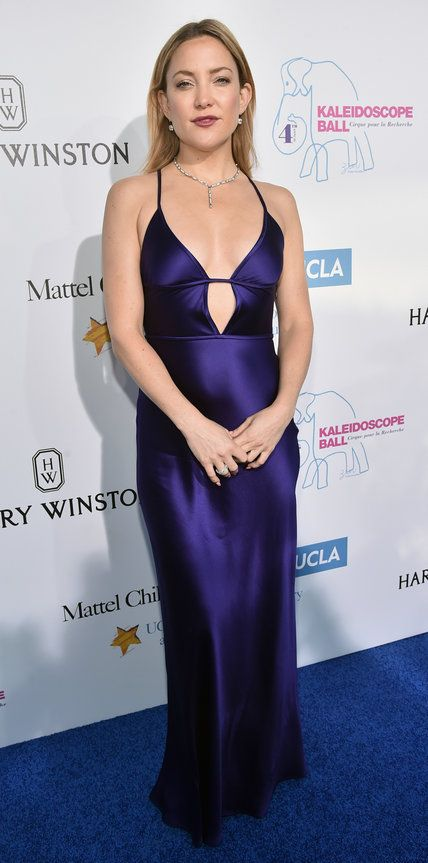 Kate Hudson shined on at the Kaleidoscope Ball in an unforgettable ultra-violet slinky number by Amanda Wakeley that featured a sexy keyhole detail. She finished her look with Harry Winston diamonds and Giuseppe Zanotti sandals.
