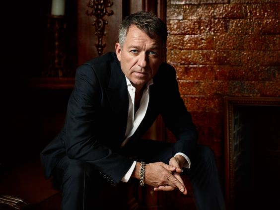 Sean Pertwee as Alfred - Such an amazing actor and character