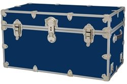 I want a trunk like this..but there's ones that are canvas so you can write on them. Graduation present?