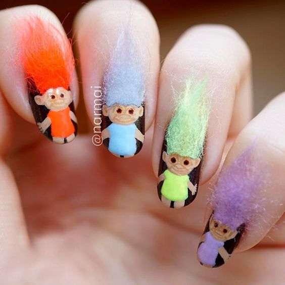 Furry Nails Is The Hairiest Trend Right Now!