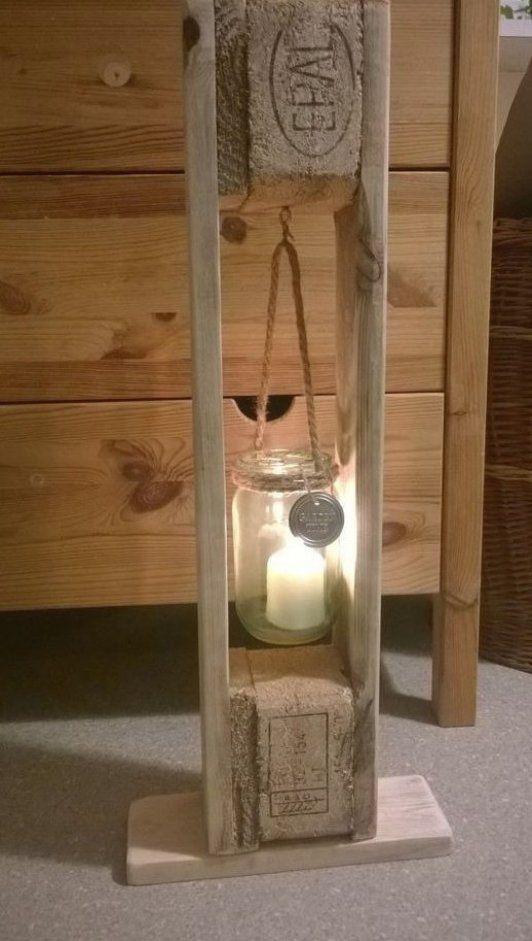 L Ssiger Kerzenhalter Aus Paletten Diy Ligth Gartendeko Garten Deko Diy Furniture Making Candle Holders Diy Candle Sticks