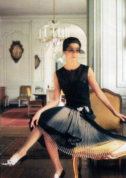 Inspiration: Countess Jacqueline de Ribes wearing Dior by Raymundo de Larrain
