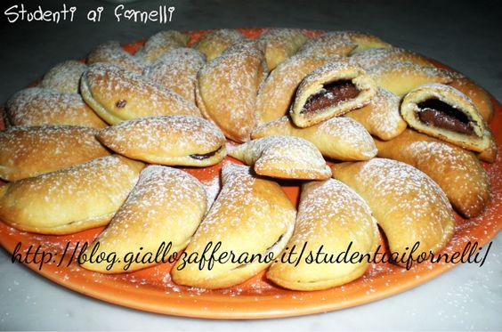 Mezzelune con ricotta e Nutella | Ricetta biscotti golosi