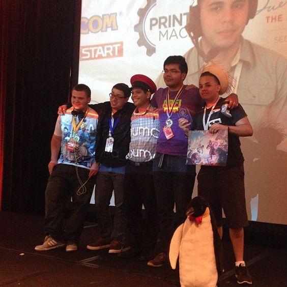 PR se lleva primer lugar en #smashbros #WiiU #FA2015  Doom con Luma... y Rosalina de side xD @esportspr @firstattackpr