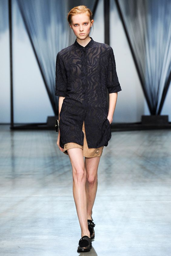 METAL WEAR Damir Doma Spring 2015 Ready-to-Wear - Collection - Gallery - Look 1 - Style.com