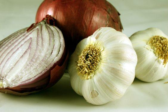 27 SI (artigo - Alimentação) Alho e Cebola (920) (bg)1