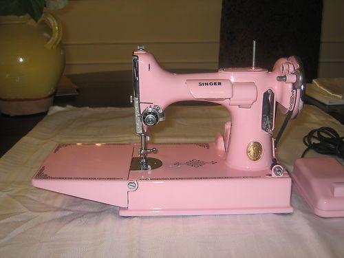pink singer featherweight sewing machine