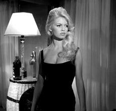 Brigitte Bardot hair, love.
