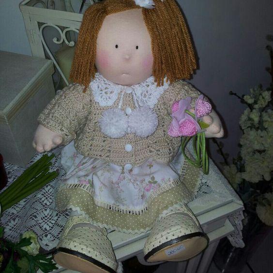 boneca feito a mão. lia bordados