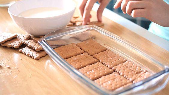 Una tarta hecha con galletas puede ser una solución rápida y perfecta para un postre delicioso. Hoy queremos compartir con vosotras tres ideas para preparar con este ingredient...
