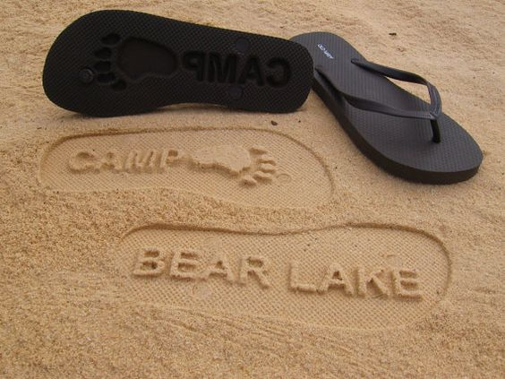 This could be the most awesome beach advertisement tool ever! Could you imagine getting paid to walk on the beach?