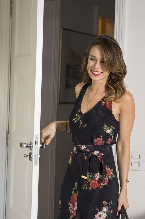 """""""Uma Loucura de Mulher"""", estrelado por Mariana Ximenes, que também é produtora associada do longa, acaba de ganhar seu primeiro #trailer oficial http://goo.gl/PiOjv1"""