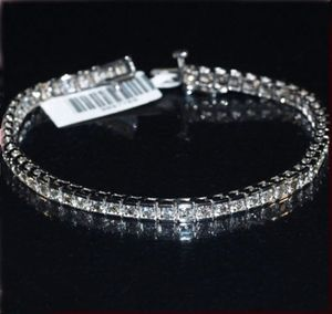 Diamantarmband mit 2.25 Karat Diamanten aus Weißgold bei www.diamantring.be für nur 1499.00 Euro Versandkostenfrei bestellen.