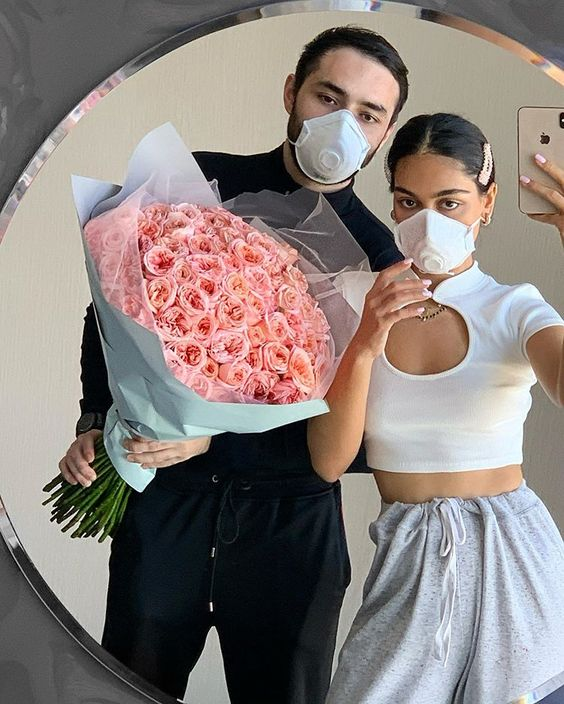 Jamila on Instagram @jvmilya - covid19 selfies memes cute aesthetic model instagram famous - ways to stay happy during quarantine - soyvirgo.com