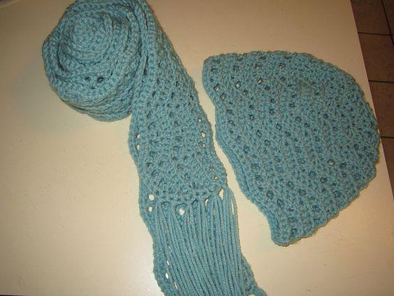 Crochet Scarf Pattern With Tassels : free crochet scarf pattern, ripple scarf, with tassels ...