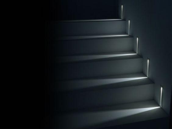 Eclairer Un Escalier Avec Des Led 5 Idees Faciles Et