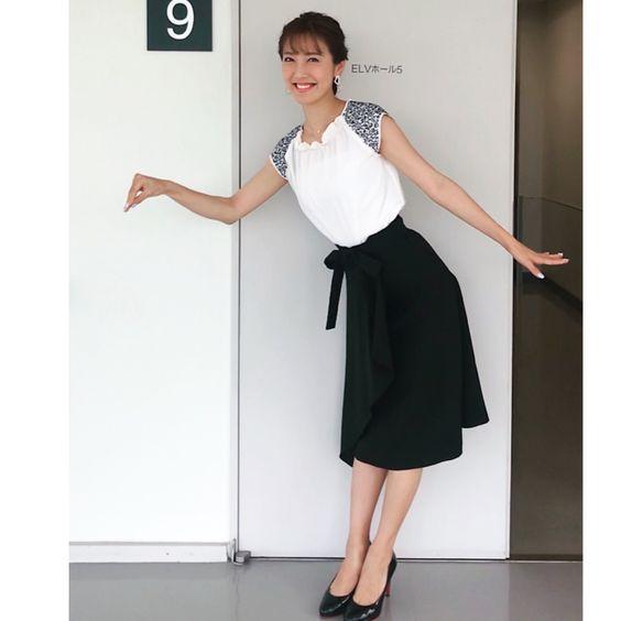 黒スカートの小澤陽子