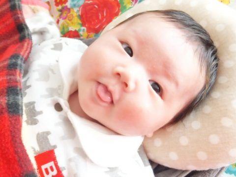 赤ちゃん 舌 を 出す 赤ちゃんの舌が白いのはカビ!?対処法と予防法も併せて解説