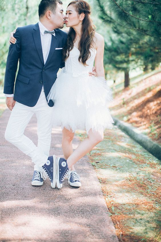 5 Unexpected Things To Wear With Your Wedding Dress 5 Sneakers