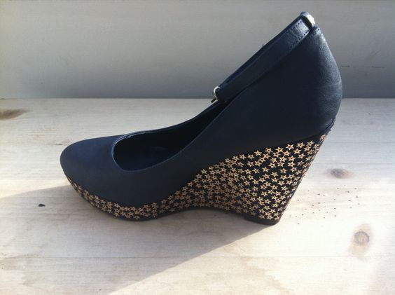 Worthy Wedges, add a little funk to wedges and turn them into show stoppers!  DIY Tutorial