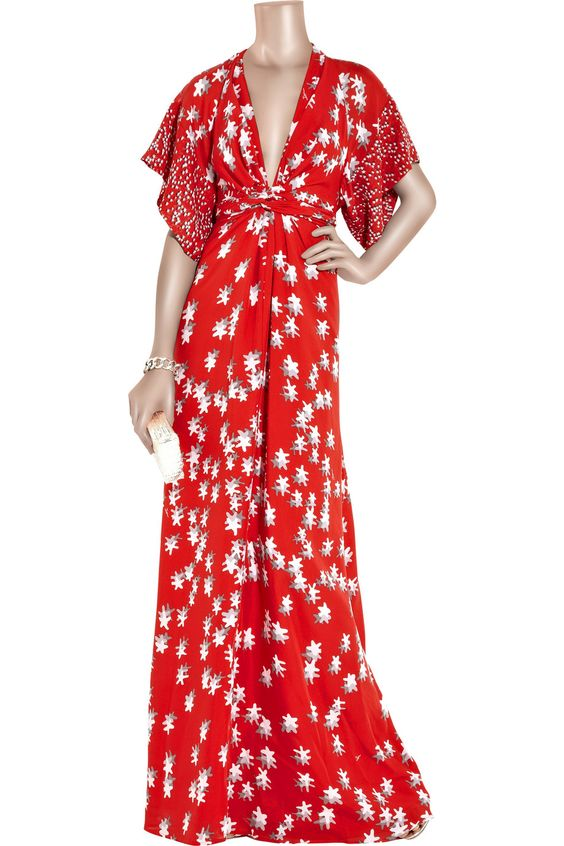 . I would love this in a solid.Issa|Printed silk kimono-style gown