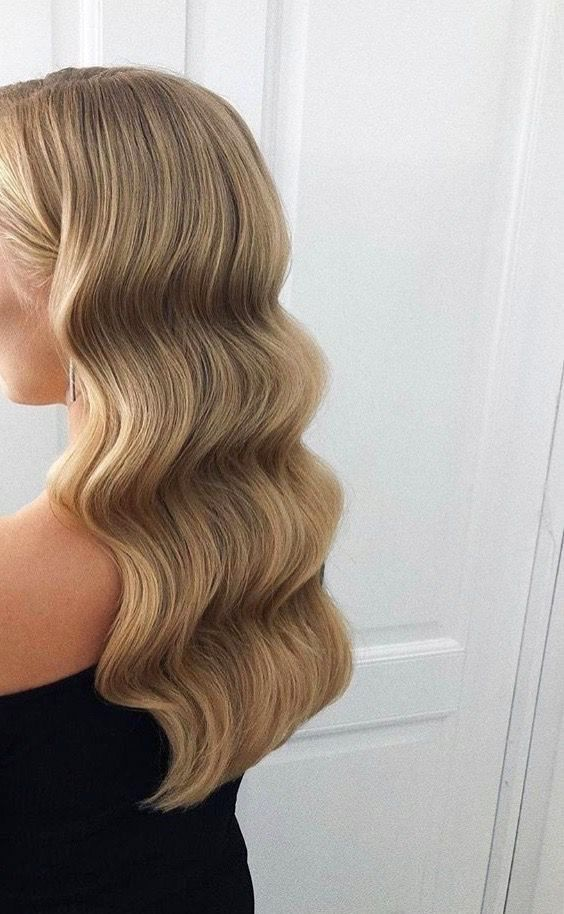 9 Best Fall Hair Trends That Will Inspire Your Next Look Ecemella Hair Styles Long Hair Styles Brown Blonde Hair