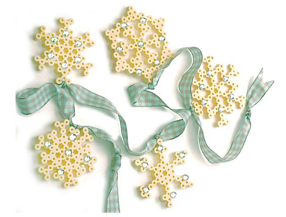 Perler® Beads Snowflakes #craft #winter http://www.ecrafty.com/casearch.aspx?SearchTerm=snowflake