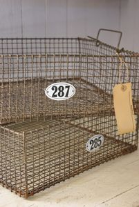 old wire baskets  reminds me of going swimming with dad and sis, wish I had a wall of these...seriously  got a sense memory of the pool dressing room smell......: