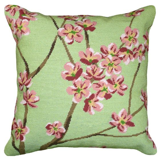 Javier Pillow in Green