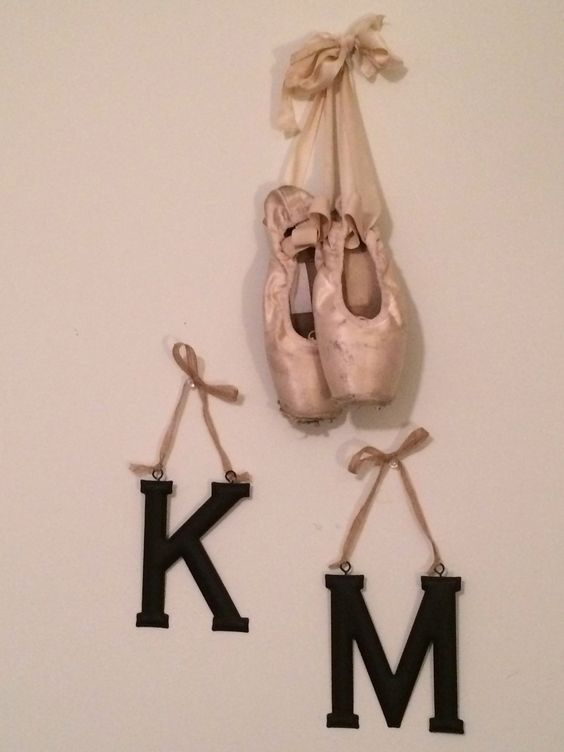Some new pointe-y room décor