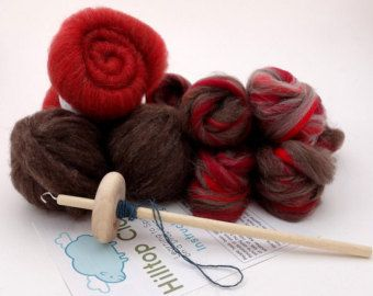 The perfect kit if you are looking to learn to spin on a spindle - from Hilltopcloud on Etsy