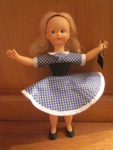 RARE-ancienne-poupee-mannequin-Caroline-en-Vinyle-marque-Clodrey-1961-coffret