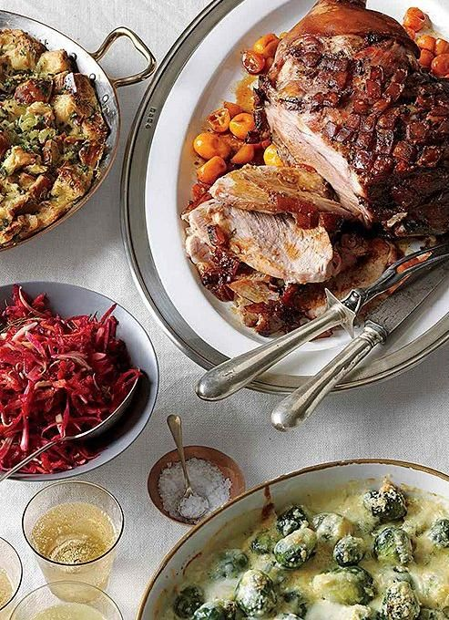 """Always one to advise in a pinch, Martha Stewart  offers a Christmas dinner menu strategy (that you can start prepping now!) complete with timelines and troubleshooting advice. More of our favorite things on the Internet over on this week's """"The Weekly Click List"""" on our Style Guide."""
