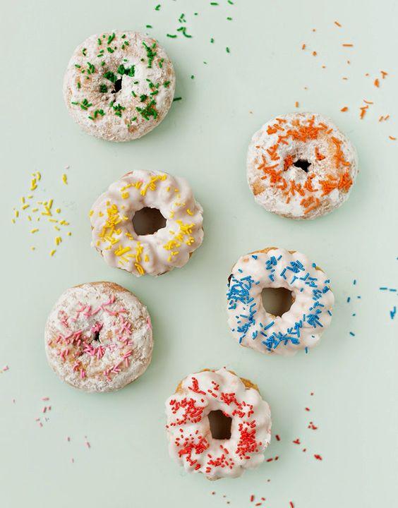 Coloristas y sencillas ideas para decorar donuts en casa | Maria victrix
