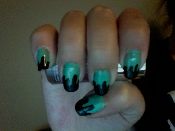 drippy nails