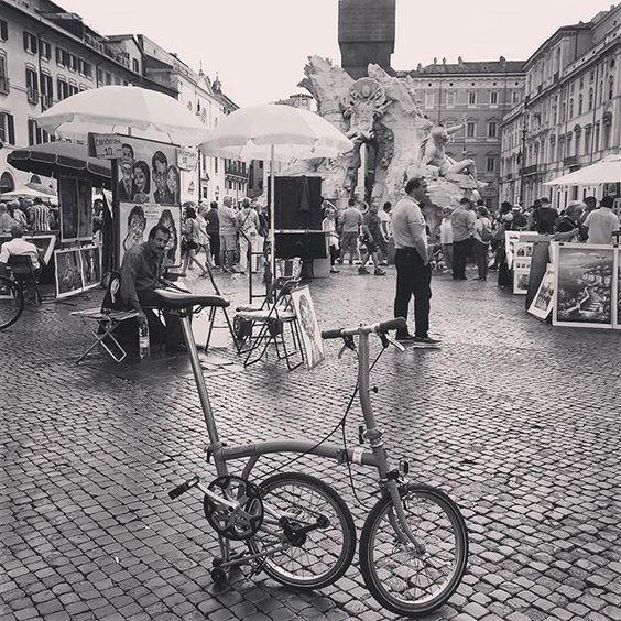Pleasure seeking #เสพงานศลป #สขนยม #hipster #rome #italy #mybrompton #brompton #bromptonlife #foldingbike #fasterthanwalking #minivelo by pattnz