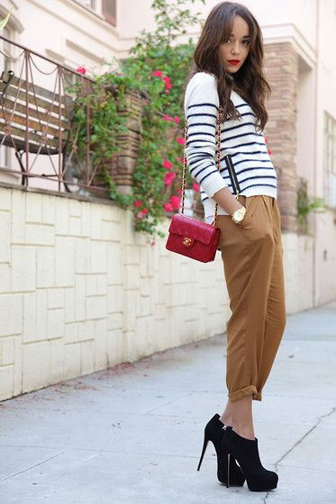 classic pant roll and nautical top