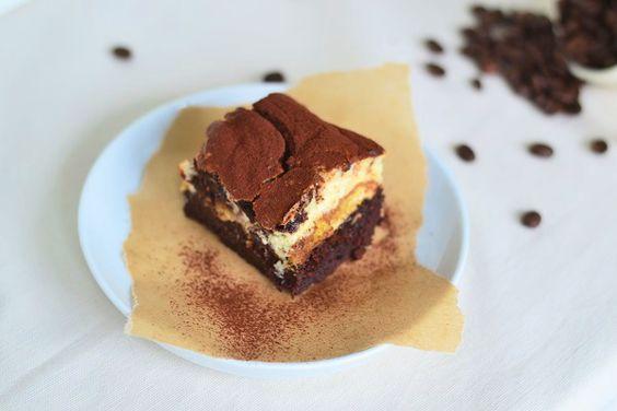 Dessert, Kuchen oder beides? Tiramisu Brownies! | Das Knusperstübchen