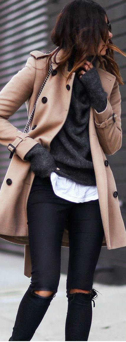 Burberry Trench: