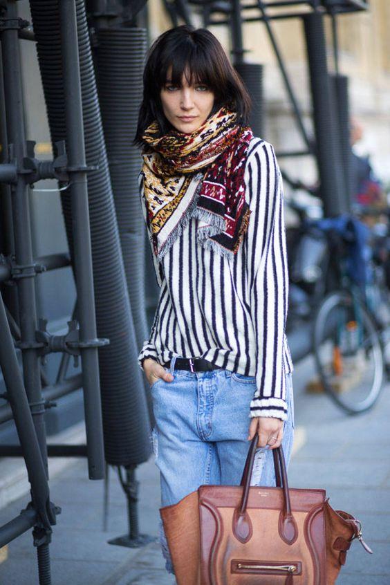 Outra forma de mix de estampas entre camisa e lenço por exemplo. Fica lindo e…: