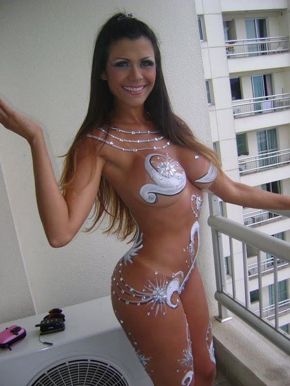 Amateur beach bikini pics