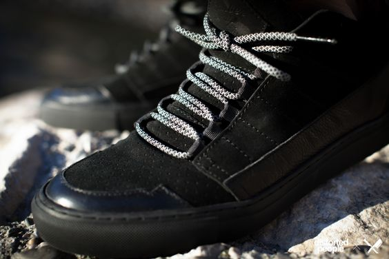 Son of Blades Monochrome Black with our brand new laces
