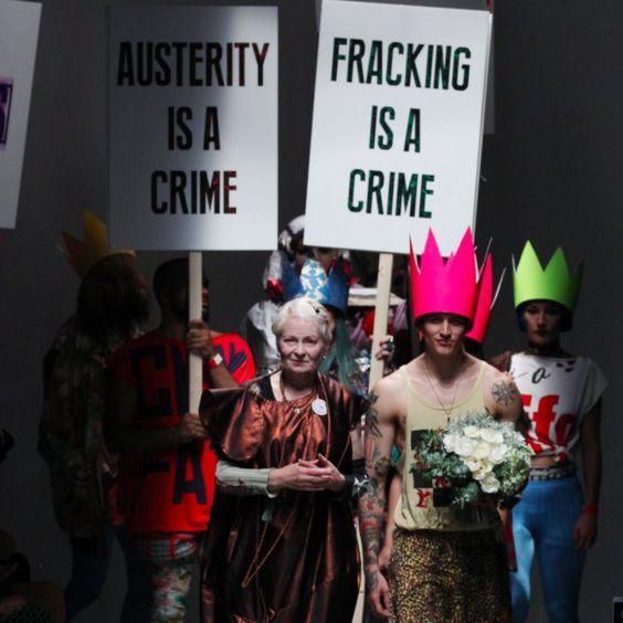 Pin for Later: Vivienne Westwood ruft zur Revolution auf