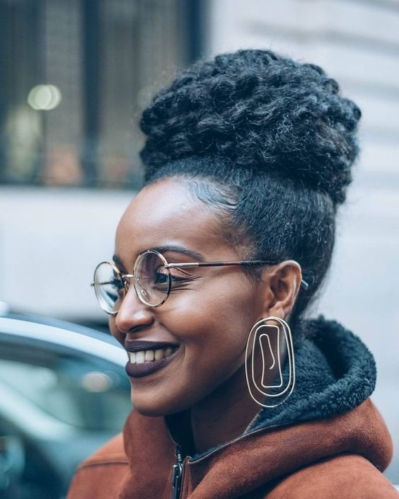 L - MusesUniform (@musesuniform) on Instagram: Hair bun. Hairstyles. Updo hairstyles. Afro hair. Natural hair. Kinky curly hair. Afro textures. High bun. Low manipulation hairstyles.