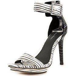 Calvin Klein shoes. http://www.scarpeonlineprezzo.com/scarpe-donna-calvin-klein/ #shoes #women #woman #chic #fashion